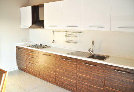 Rénovation et resurfaçage armoire de cuisine à Joliette et Lanaudière - Ébénisterie Prestige (Armoire de cuisine Joliette)